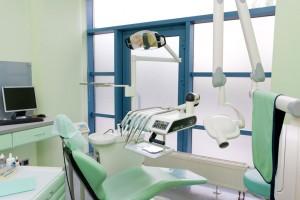Chirurgia stomatologiczna | AMED Stomatologia Kraków